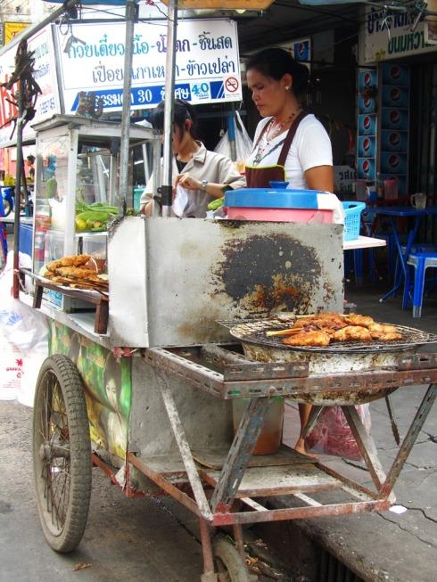Tyypillinen katukeittiö (Bangkok)